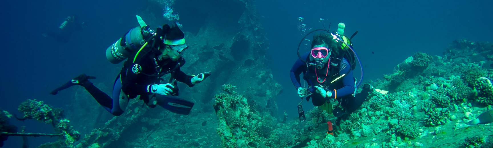 underwater exploration banner